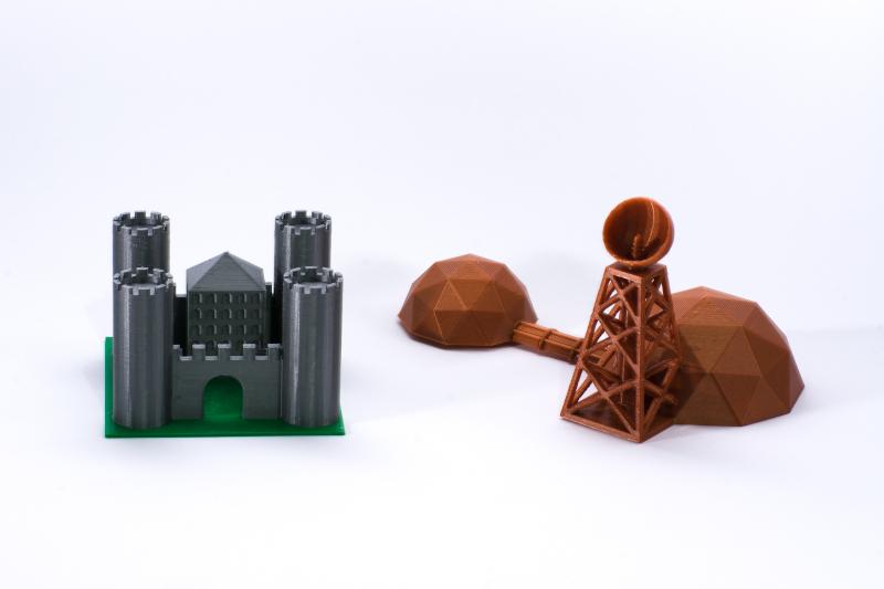 zamek i baza